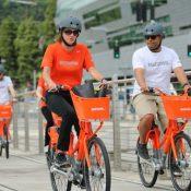 People ride Biketown bikes in Portland (Felicity Mackay/PBOT)